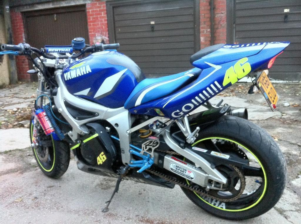 Pin Yamaha R6 Streetfighter on Pinterest