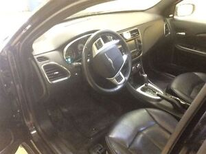 2011 Chrysler 200 Limmited Annual Clearance Sale! Windsor Region Ontario image 12
