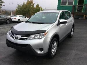 2014 Toyota RAV4 LE AWD - FRESH TRADE IN FANTASTIC SHAPE!