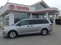 2015 Toyota Sienna LOW KM'S V6 REAR CAMERA REAR AIR QUAD SEATS