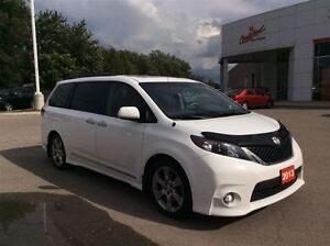 2013 Toyota Sienna SE.New Tires and Front Brakes