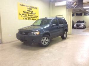 2005 Ford Escape XLT Annual Clearance Sale! Windsor Region Ontario image 4