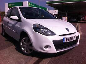RENAULT CLIO 1.5 dCi 88 GT Line TomTom (white) 2011