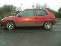 Citreon Saxo Desire 1.1 in Red.