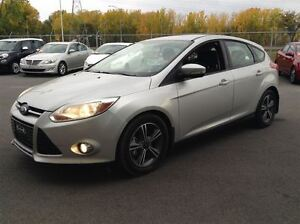 2012 Ford Focus SE HATCH AC MAGS