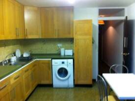 Amazing double room available in archway just 200 pw no fees