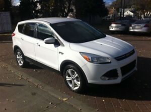 2013 Ford Escape SE CLEAN 100% APPROVED Edmonton Edmonton Area image 1