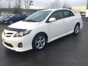 2013 Toyota Corolla SPORT UPGRADE WITH PUSH BUTTON START AND SUN