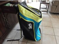 Kookaburra Pro players Duffel Bag 86cm x 40cm x 40cm All zips work lots of pockets