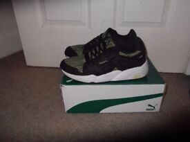 PUMA BLAZE TIGER MESH - £30 - UK 10 (EUR 44.5) - SAFETY YELLOW & BACK - MINT CONDITION