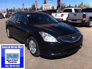 2010 Nissan Altima 3.5S | Power Options | Fuel Friendly |