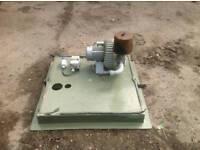 Tank air ventilator