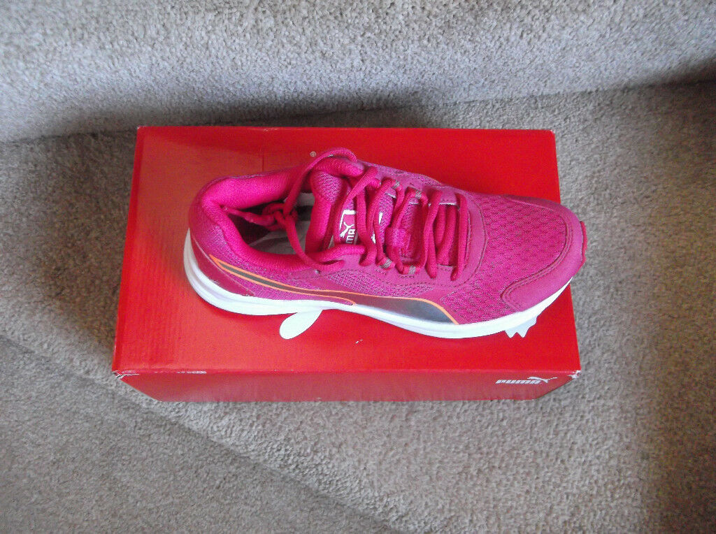 VARIOUS TRAINING SHOES BRAND NEW