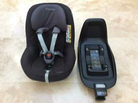 Maxi Cosy Pearl Child's Car Seat and Base