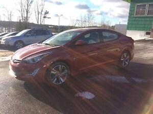 2015 Hyundai Elantra GLS AUTOMATIC WITH SUNROOF AND HEATED SEATS