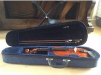 Primavera 1/2 Size Violin with Case and bow included