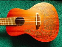 Luna MO Mahogany Concert Ukulele - Lizard Design