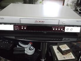 Panasonic Video Recorder Model NV- HV60 Great Machine Lightly used good