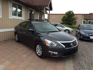2013 Nissan Altima 2.5 S - Managers Special London Ontario image 4
