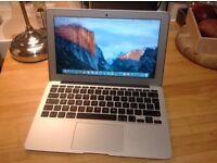 Apple MacBook Air 11 inch, Dual-Core 1.6GHz, 4GB SDRAM, 128GB Storage
