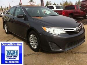 2014 Toyota Camry LE | Touch Screen | Great Fuel Economy |