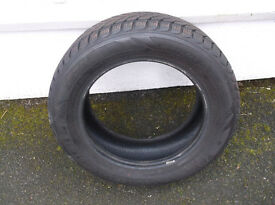 2 winter tyres for Ford Focus or other car.
