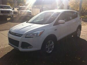 2013 Ford Escape SE CLEAN 100% APPROVED Edmonton Edmonton Area image 3