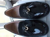 LADIES BLACK LEATHER LOAFERS SIZE 6