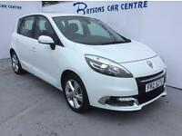 RENAULT SCENIC 1.5 dCi Dynamique TomTom (white) 2013
