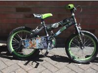 2 childrens' bikes, 5 to 8 year olds fair condition