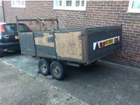4 WHEELED BRAKED TRAILER .