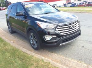 2016 Hyundai Santa Fe XL GET READY FOR THE MESSY WEATHER WITH AL