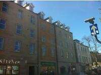 Edinburgh Festival Let, 7 Bedroom double upper Flat Nicolson Square