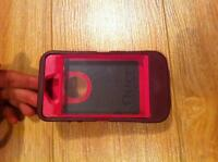 Iphone 4 Otterbox cellphone case