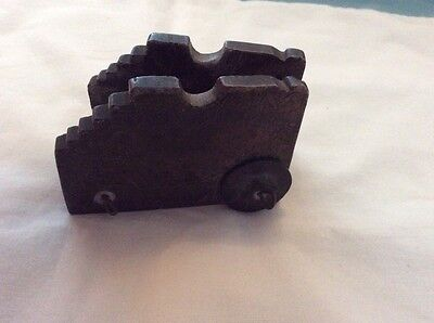 VINTAGE METAL BROKEN TOY (POSSIBLE BASE OF TOY CANON)