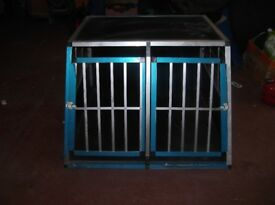 LARGE DOG CAGE FOR CAR