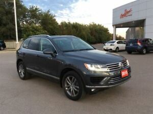 2015 Volkswagen Touareg Comfortline.. Clean Car proof..