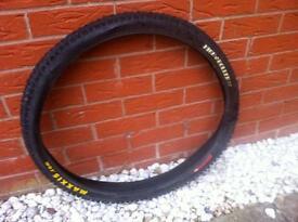 MAXXIS MAXXPRO High Roller 26 x 2.35 Mountain Bike Tyre 35-65 PSI