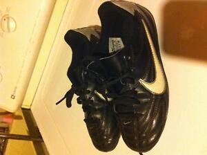 Size 13 Nike soccer cleats