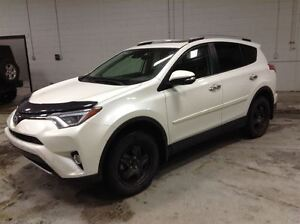 2016 Toyota RAV4 LIMITED AWD A\C MAGS TOIT CUIR