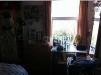 5 bedroom house in Diana St, Roath, CF24 4TT