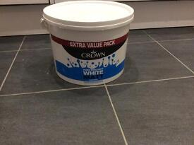 Pure Brilliant White Emulsion Paint ( Crown's)