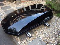 Exodus 470L Roof Box Gloss Black, Thule 961 Aero Bars, Thule Foot Packs (x4)