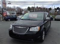 2008 Chrysler Town & Country Touring,HEATED LEATHER SEATS,STOW N