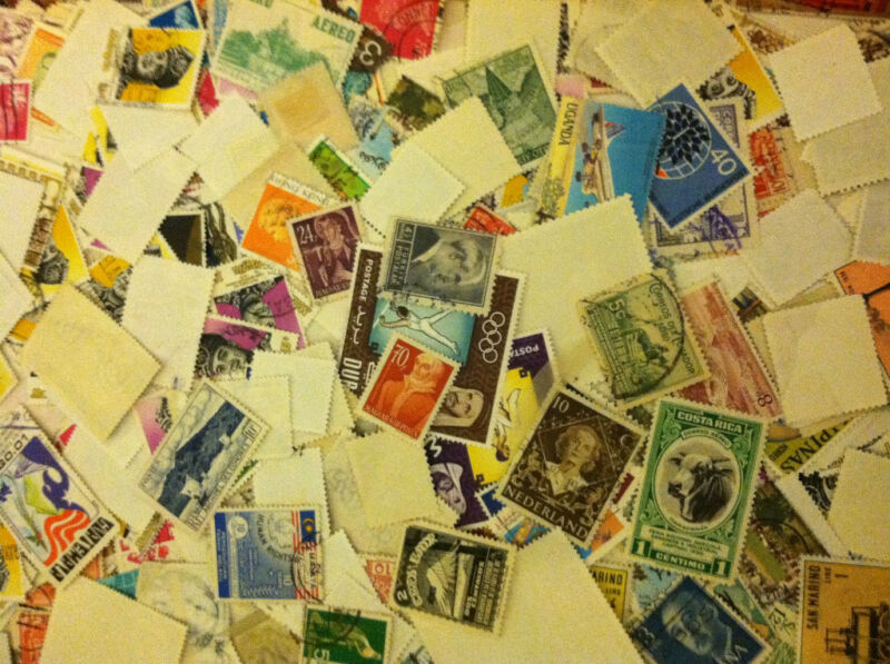Used off Paper 1000 WW Stamps From huge HOARD BOX collection FREE SHIPPING!!!