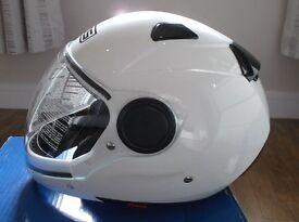 AGV / MDS Sunjet White Motorbike Helmet Size Large Brand New in Box / Never Used / - Full Warranty.