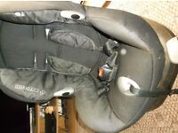 MAXI COSI CAR SEAT IN MINT CONDITION FROM 9KG ONWARDS FORWARDS FACING