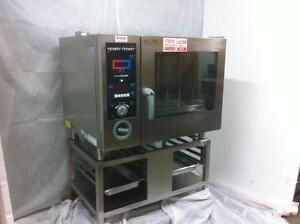 Reconditioned Henny Penny Combi Oven with Stainless Steel Stand