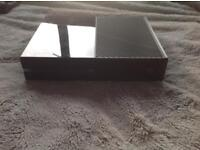 XBOX ONE 500gb console with no controller