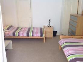 Fully furnished TWIN ROOM in shared Brighton centre house. All BILLS INCLUDED.